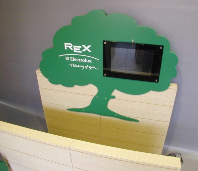 REX Electrolux – Isola espositiva